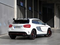 Wallpaper Mercedes-Benz GLA