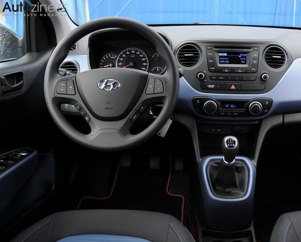 Autozine - photos: Hyundai i10 (8 / 9)